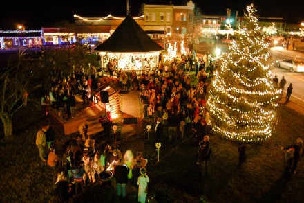City Of Clarkesville Ga Christmas 2021 A Downtown Clarkesville Christmas Now Habersham
